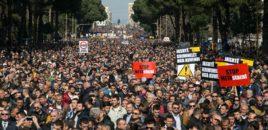 26 maj: Protestë e madhe për të rrëzuar qeverinë Rama