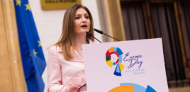 Klajda Gjosha: LSI konsensus që opozita të djegë qeverinë