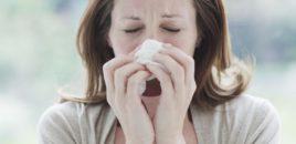 Mjekët: Mos e mbani tështimën