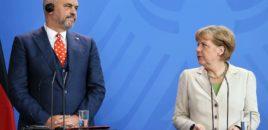 Merkel: Nuk ka hapje negociatash. Më vjen keq, Shqipëria ka probleme!