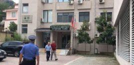 Video/ Ja si arratiset i dënuari nga salla e Gjykatës së Vlorës