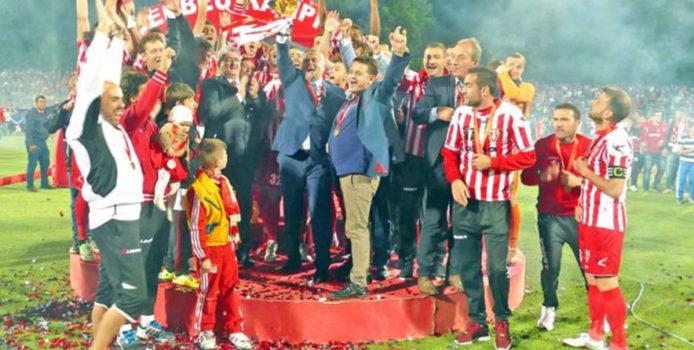 """Skënderbeun e vramë NE Shqiptarët…ndërsa """"varrimin"""" ja bënë """"Turqit"""" e UEFA-s."""
