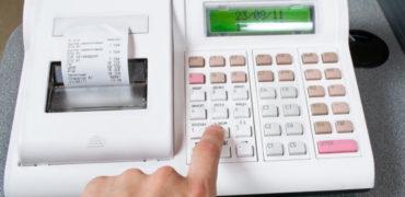 Miliona euro të harxhuara për kasat fiskale që nuk funksionojnë