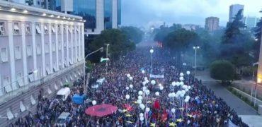VIDEO MESAZHI/ Basha: Mirësevini sonte në bashkimin popullor në Tiranë! Asnjë hap pas!