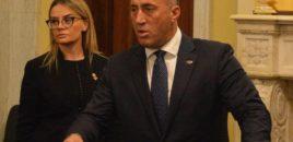 Këshilltarja e Ramush Haradinajt/ Isha aty kur t'i ngulën 'thikat në shpinë' ata prej të cilëve nuk e prisje