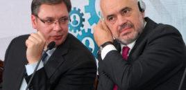 Vuçiç shet Ramën dhe del hapur: Shkëmbimi i territoreve i leverdiste Serbisë