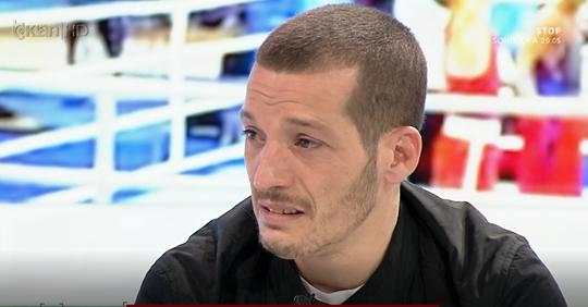 VIDEO/ Shpërthen në lot kampioni i boksit: Më dhanë 14 mijë lekë për titull