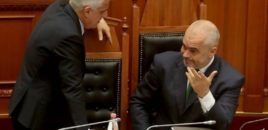 Të zgjedhim Kosovën, jo Serbinë/ Debate të ashpra mes Majkos dhe Ramës në mbledhje qeverie