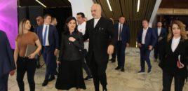 Ish-drejtoresha e Ministrisë së Drejtësisë i shkruan Kryeministrit pas shkarkimit: Ndihmoje Etildë Ministreshën të sillet me stafin