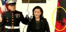 Skandal/ Stafi sorosian e nxjerr Ambasadoren e re Amerikane me flamur Kinez.