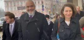 Rama: Do të zgjidh krizën në Ukrainë