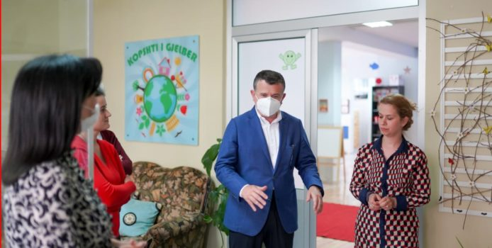 Balla takon përfaqësuesit e biznesit në Elbasan